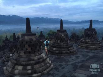Amanecer en el Templo de Borobudur, Isla de Java.