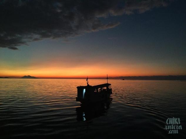 Atardecer en el Mar de Flores, Isla de Flores.