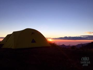 Amanecer en campamento del Volcán Rinjani, Isla de Lombok.